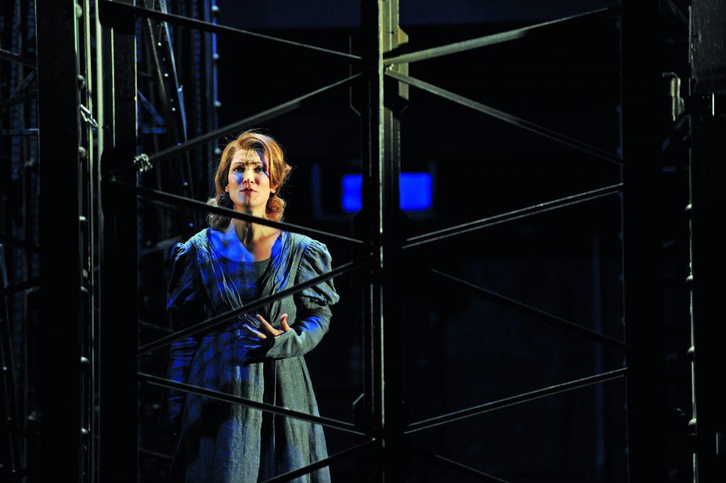 Branislava Podrumac as Éponine in the musical Les Misérables